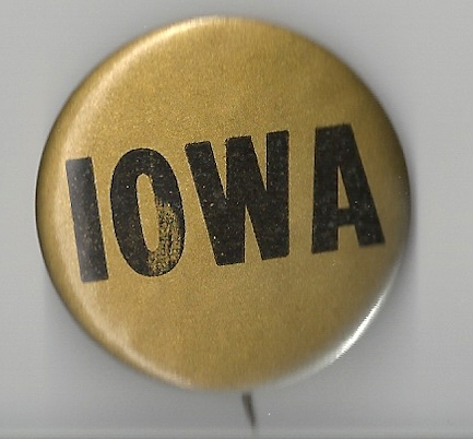 1900's to the 1940's Iowa Hawkeye Fotball Badge Pi