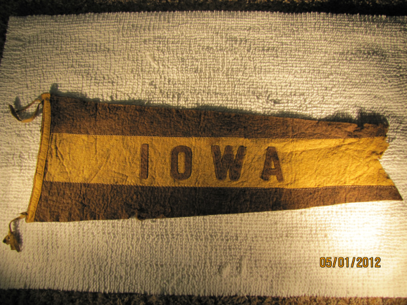 1910 - 20's Vintage Iowa Pennant
