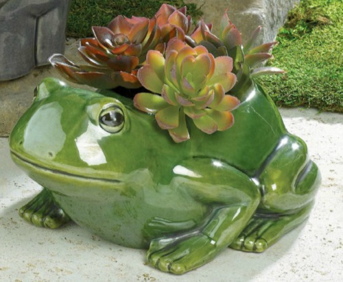 Outdoor frog planters