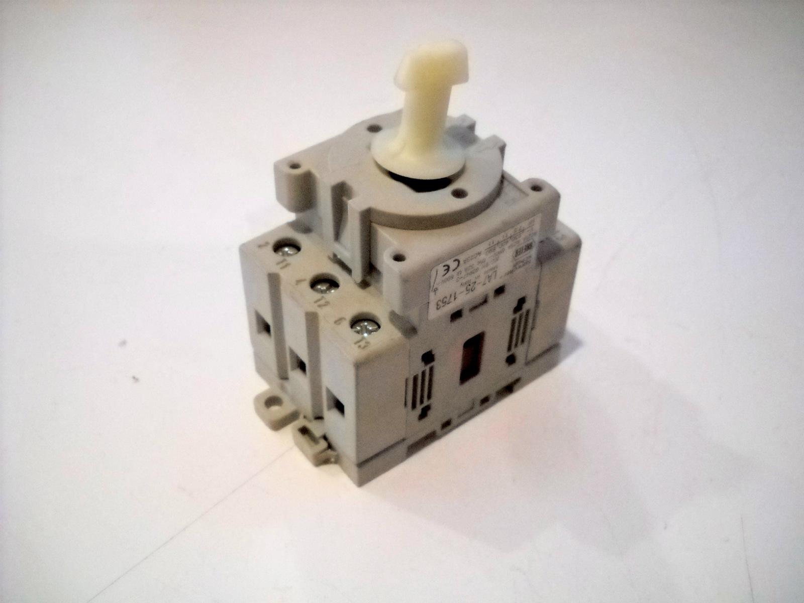 New Sprecher Schuh Motor Disconnect 3 Pole Switch 90