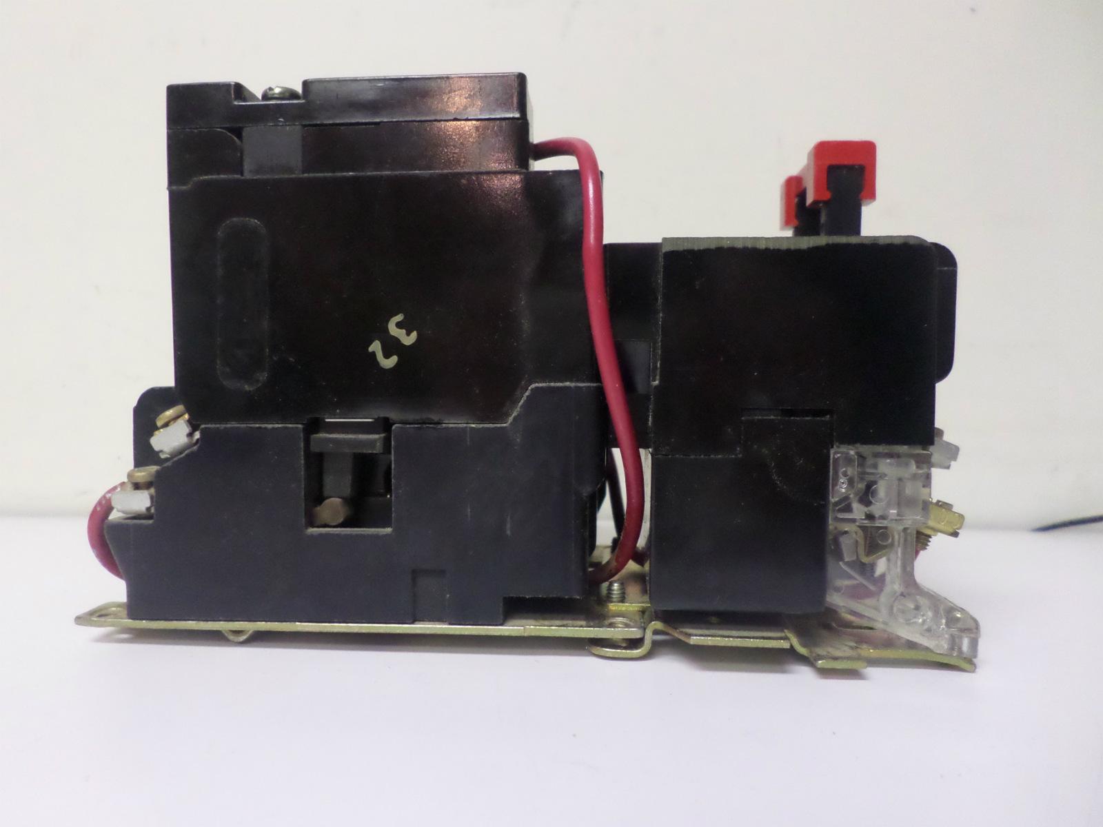 Used square d motor starter class 8536 type sa012 nema for Square d motor starter