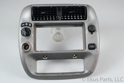 95 11 Ford Ranger Radio Climate Trim Dash Bezel 2 12V 4WD Fog Vents