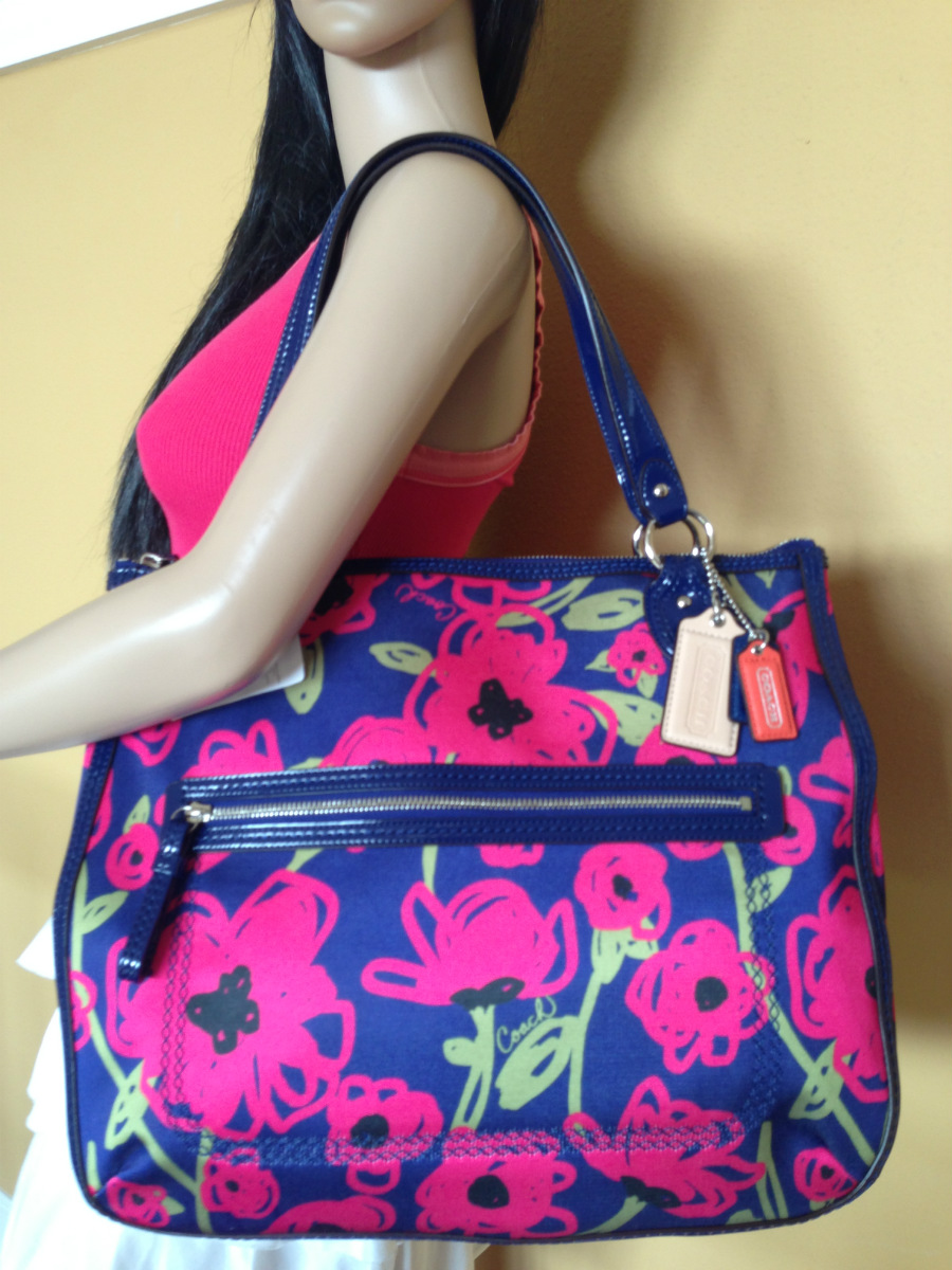 NWT COACH LARGE POPPY SIGNATURE NAVY BLUE  HOT PINK FLOWERS TOTE BAG ...