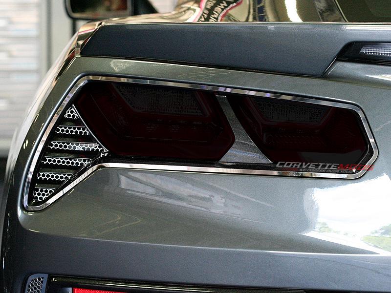 C7 Corvette Stingray//Z06 2014+ Rear Tail Light Reverse Acrylic Blackout Kit