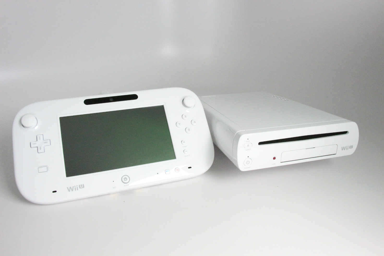 new nintendo wii u console 8gb basic set white ebay. Black Bedroom Furniture Sets. Home Design Ideas