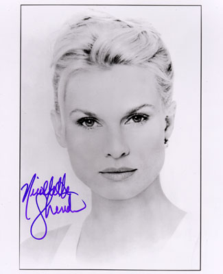 Nicollette Sheridan Signed 8X10 Photo - B&W