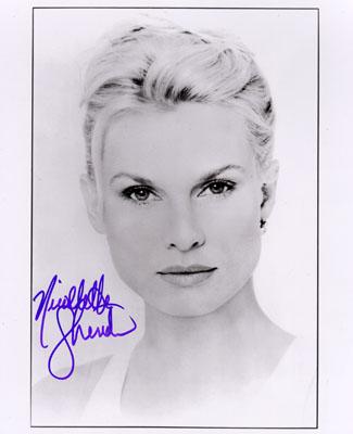 Nicollette Sheridan Signed 8X10 Photo - B&W