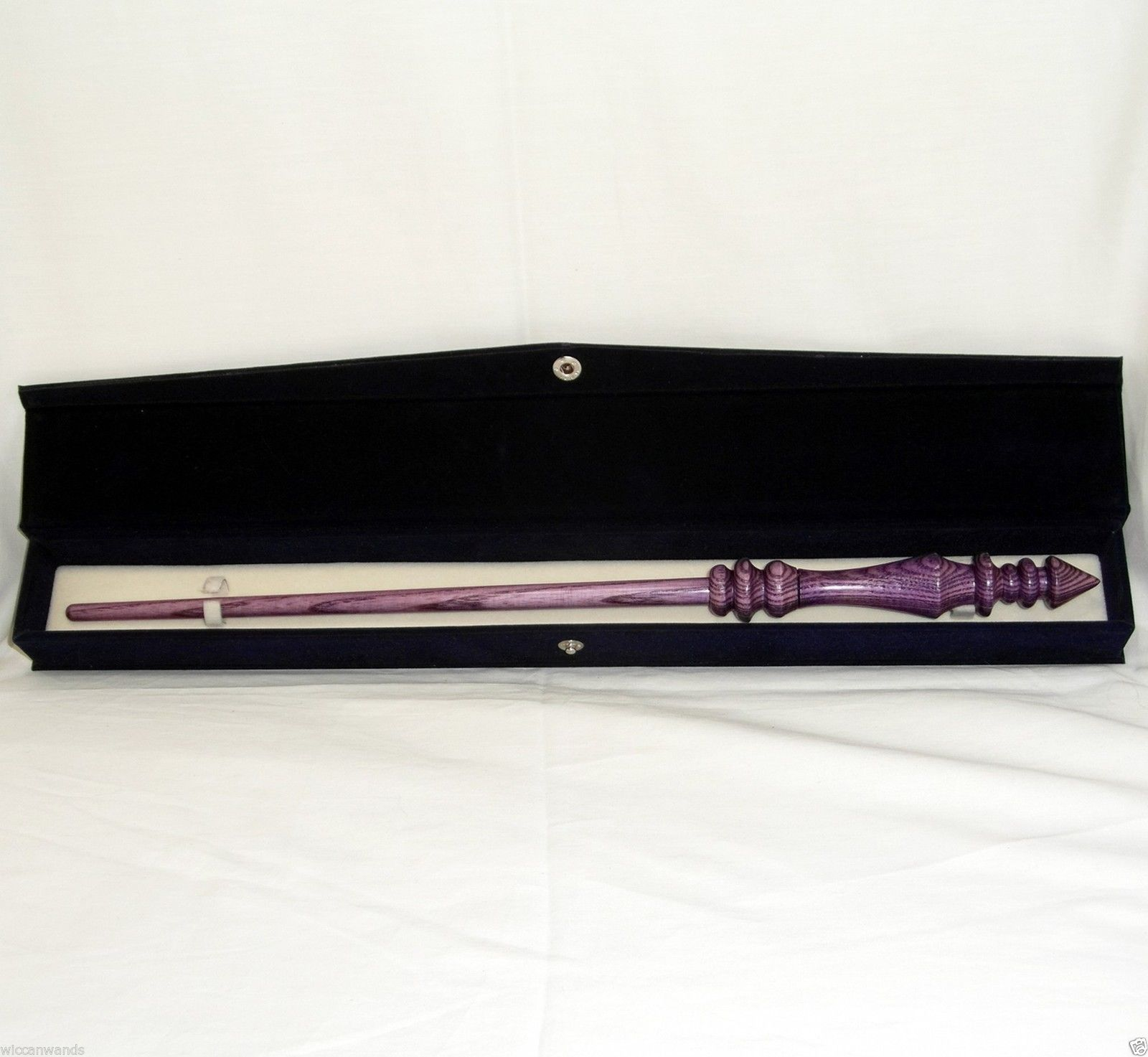velvet magic wand storage box wiccan wand crafter. Black Bedroom Furniture Sets. Home Design Ideas