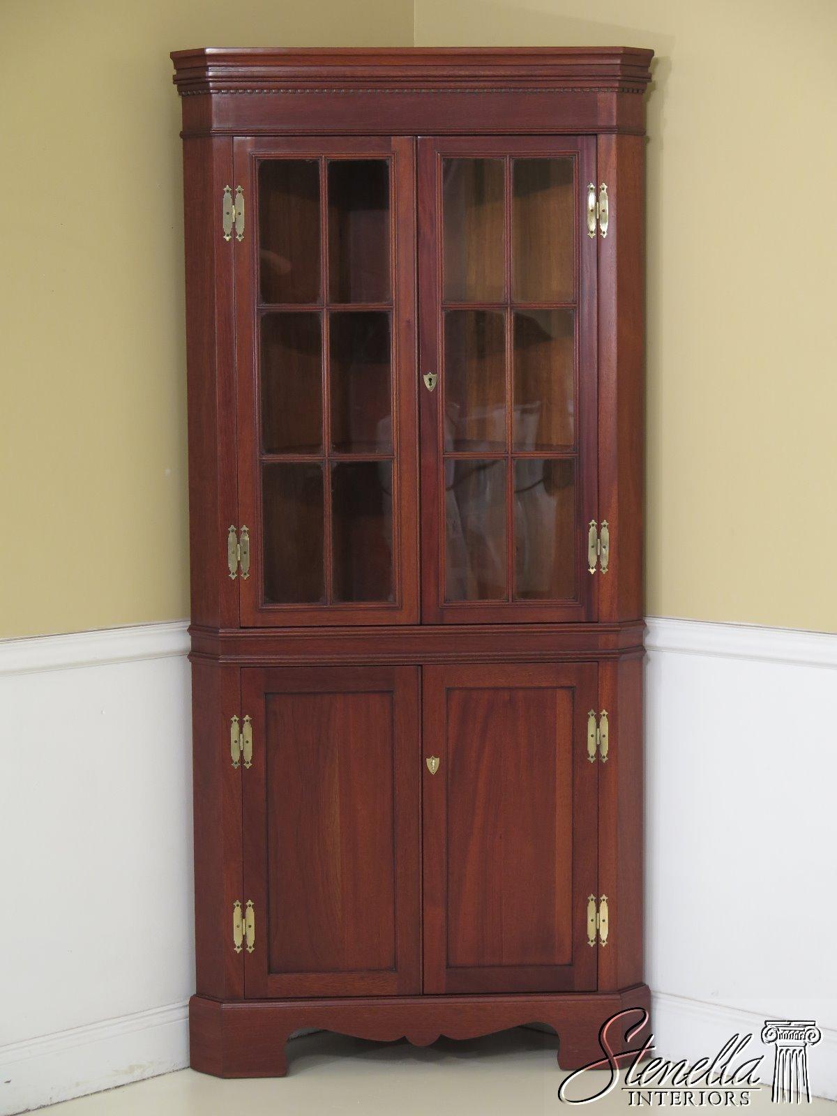 46686ec Craftique Chippendale Solid Mahogany Corner