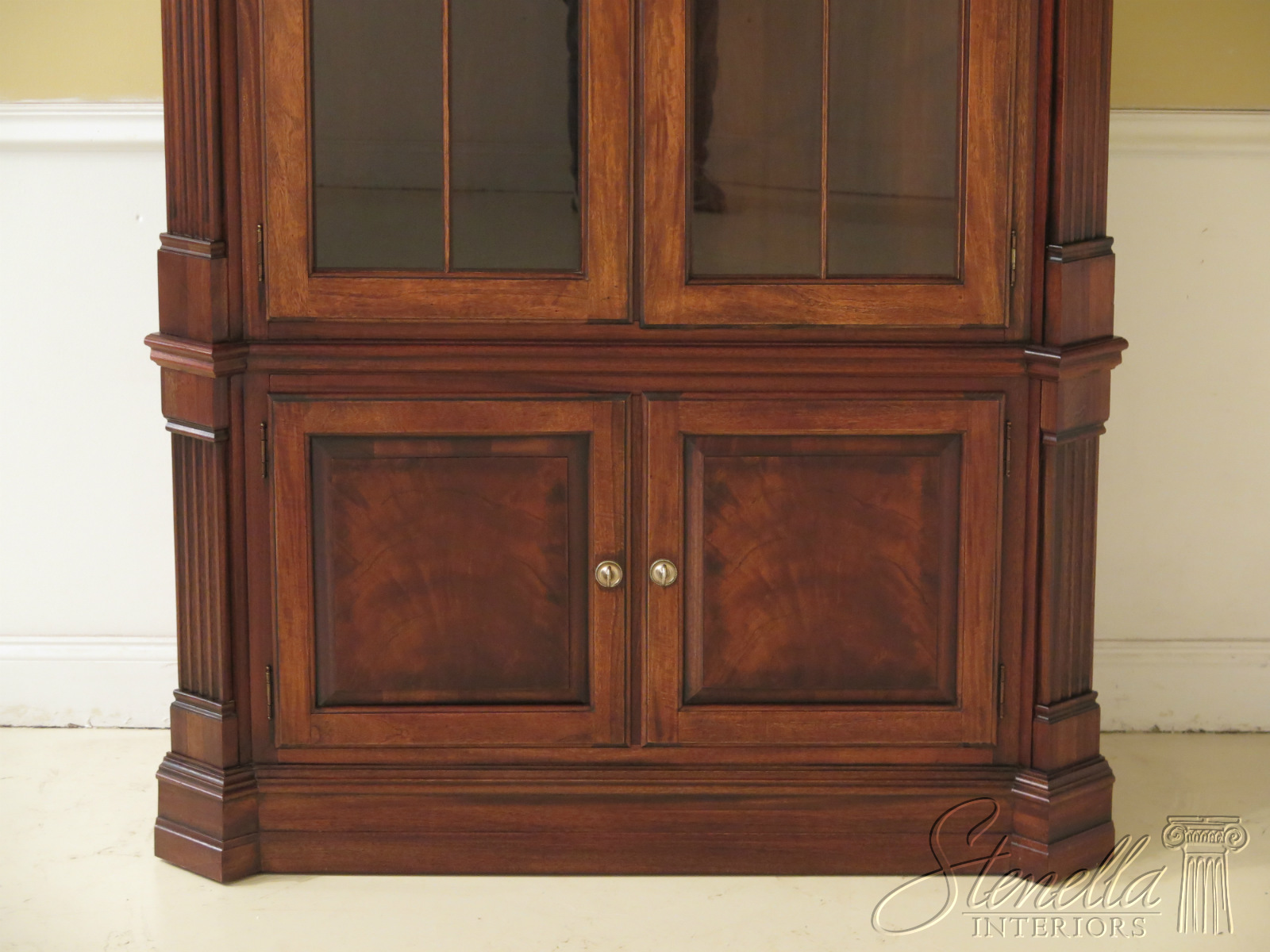 47076ec Ethan Allen Large Newport Collection Corner