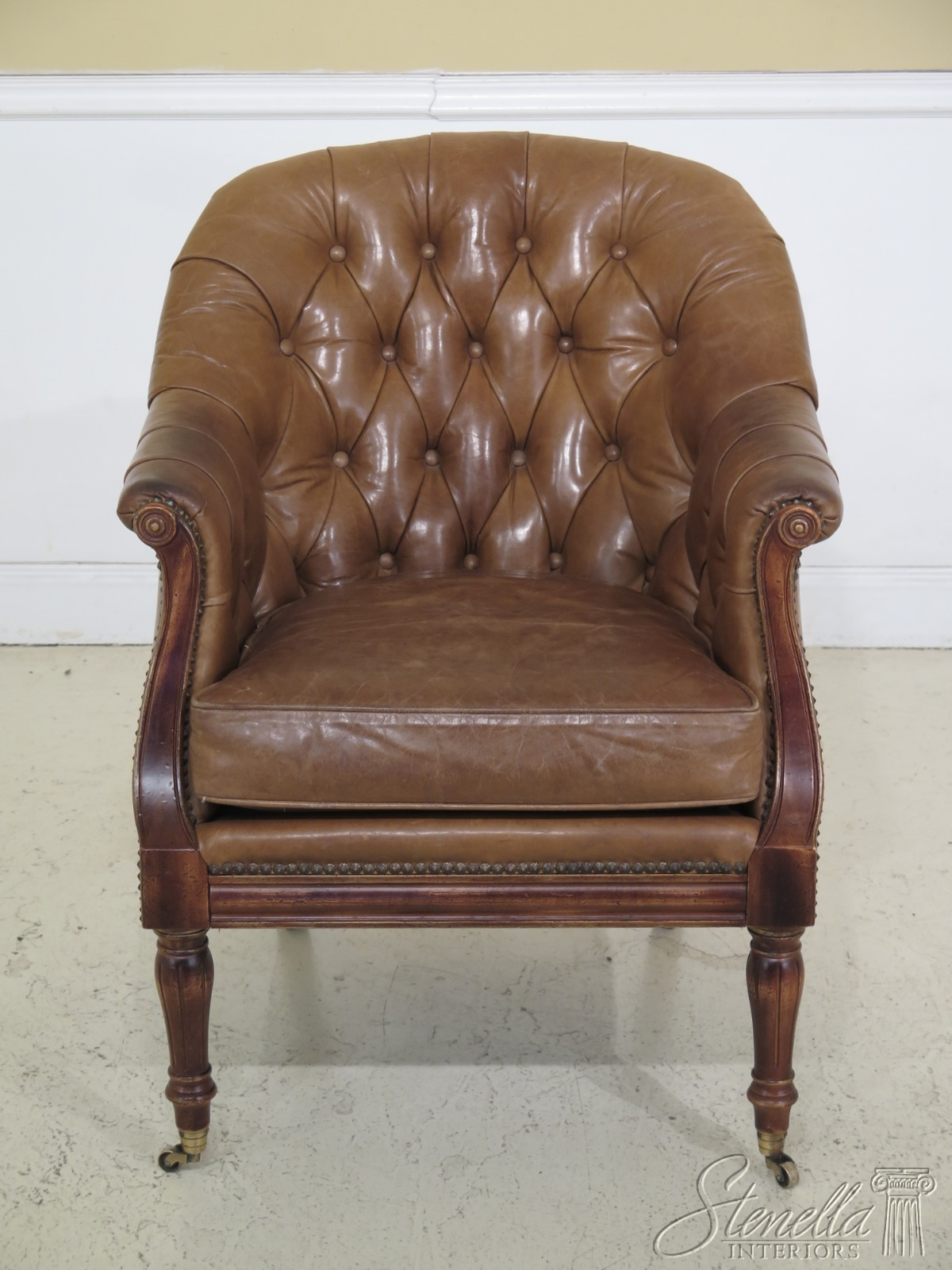 Phenomenal F30658Ec Wesley Hall Tufted Tan Leather Chesterfield Style Uwap Interior Chair Design Uwaporg