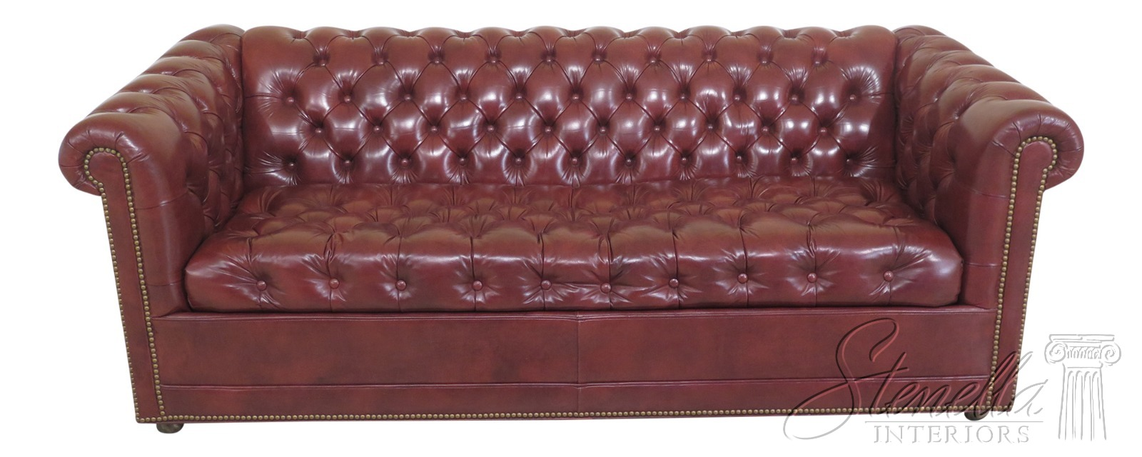 - 31383EC: LEATHERCRAFT English Style Tufted Leather Chesterfield
