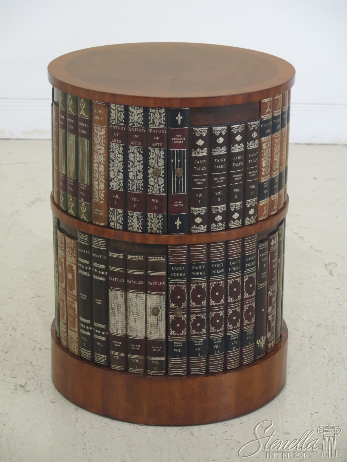 Details About 30972ec Maitland Smith Round Occasional Table W Leather Book Sides