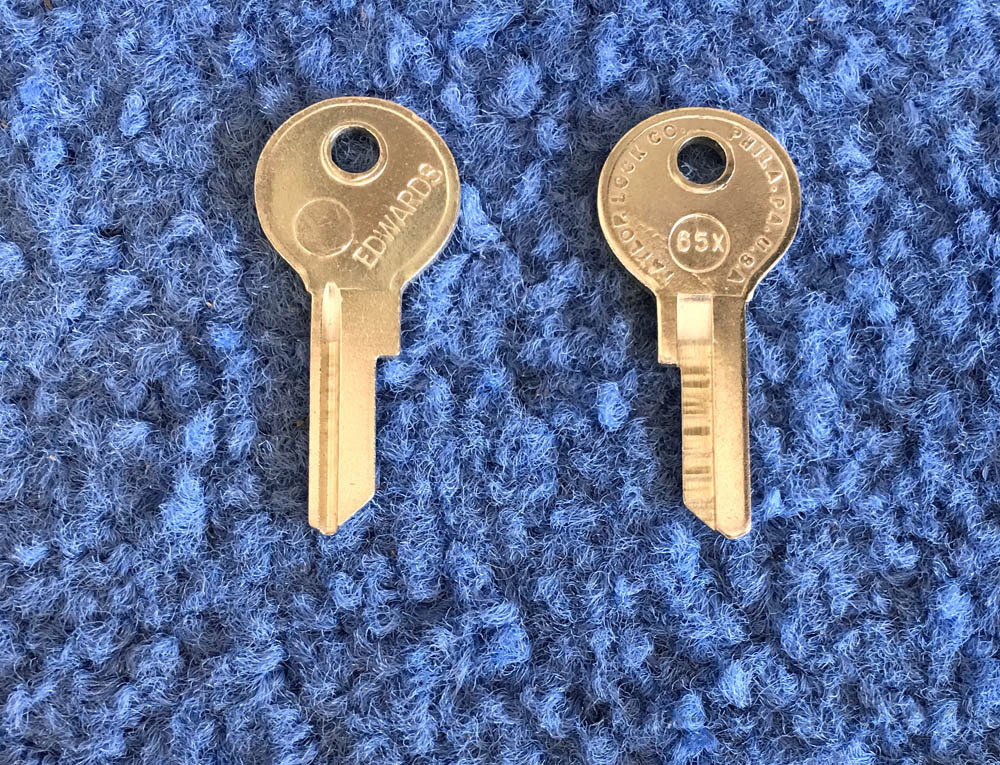 Foreign Auto Key 65X (DL NE4)  for Lambretta (See