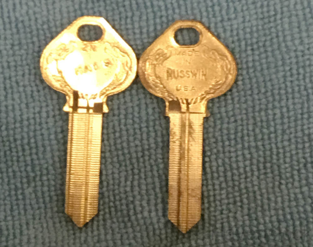 Russwin Old Fancy Vintage Original Key 960B-2N