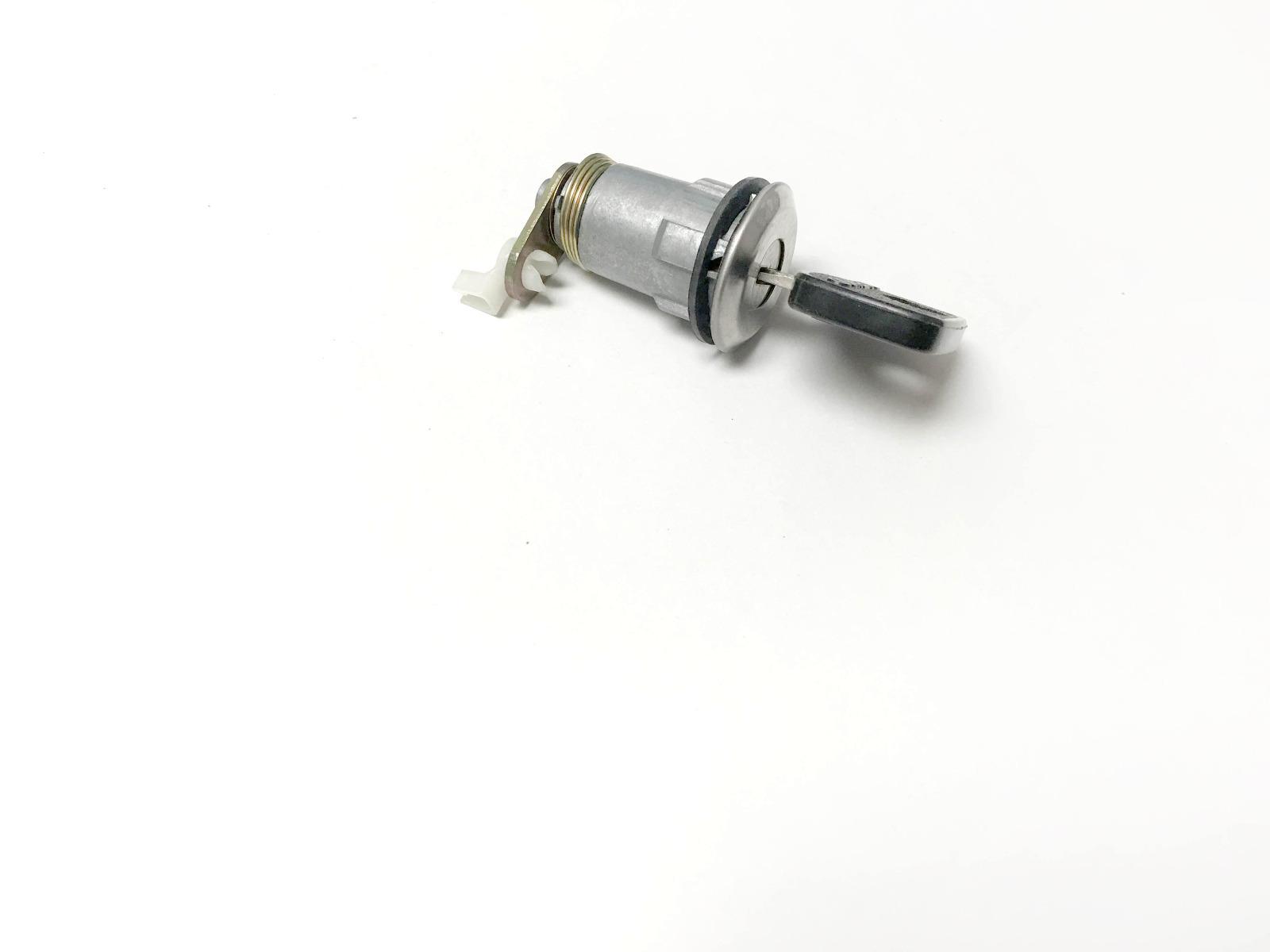 Door Lock Cylinder D-24-101 for Isuzu, Fits Chevro