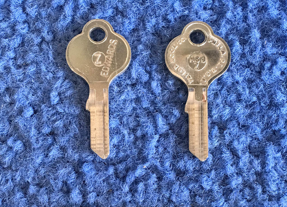 Vintage Auto Key M69Z (CURTIS MB24)  for Mercedes