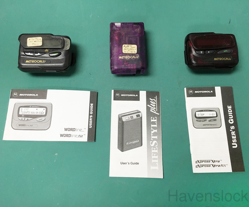 (3) Motorola Pagers, Comes with 1 manual each, Pag