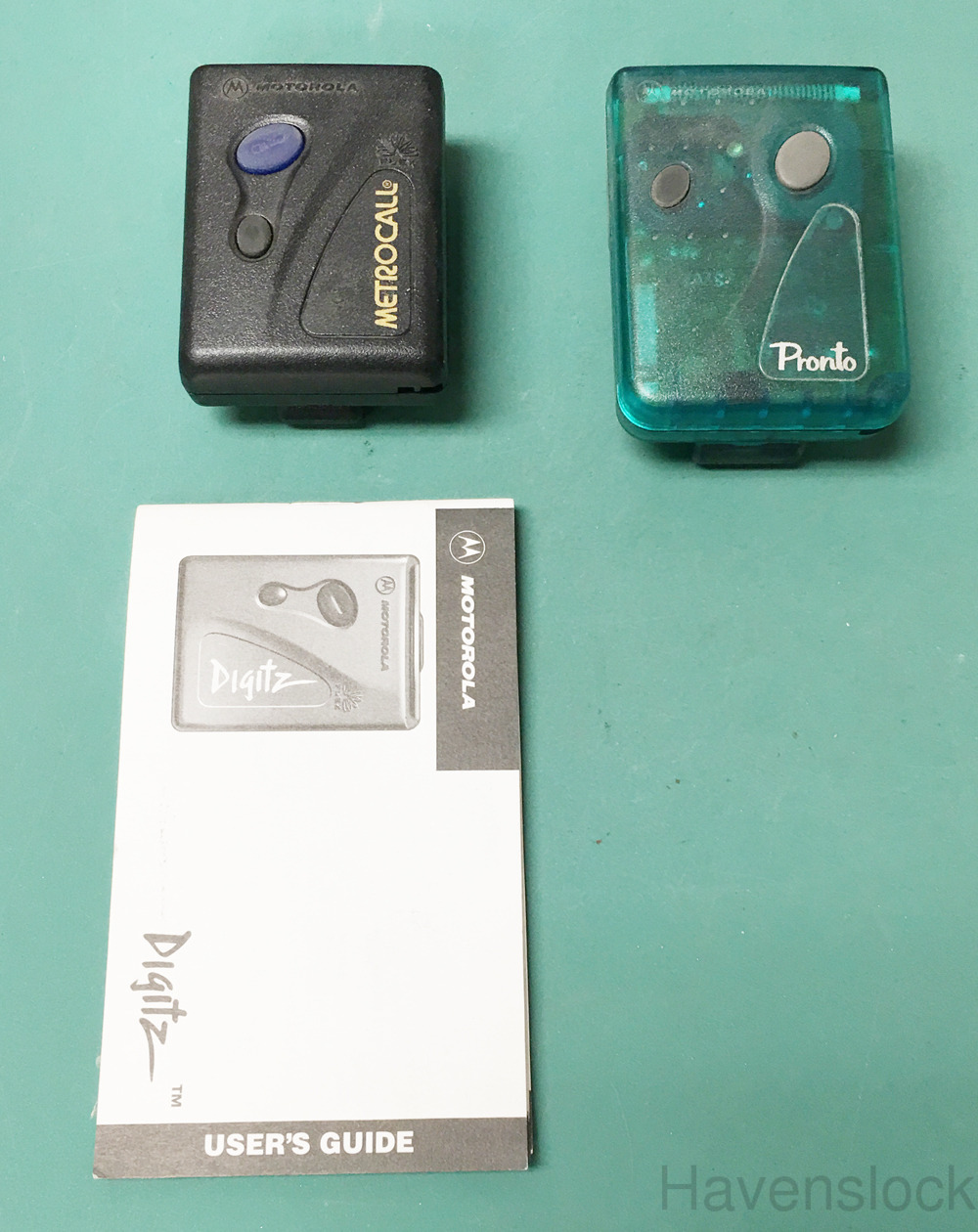 (2) Motorola Pagers, Comes with 1 manual each, Pag