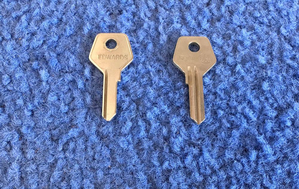 Foreign Auto Key T80W