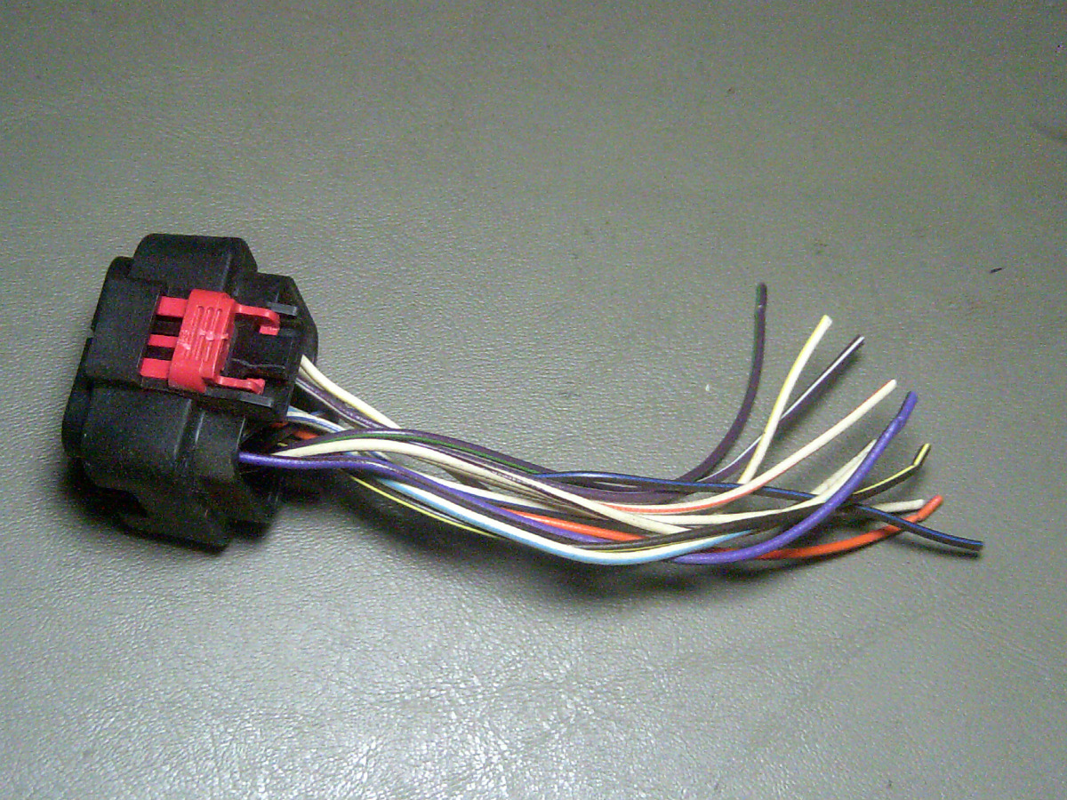 03 Town And Country BCM Body Control Module 047480 BLACK Pigtail ...