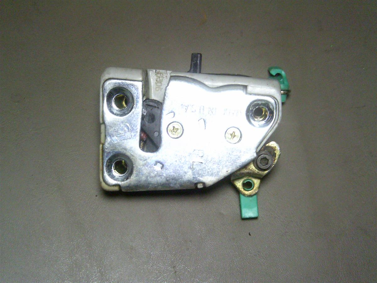 Manual truck door lock array 95 96 97 98 99 dodge plymouth neon rh rear manual lock door latch fandeluxe Image collections