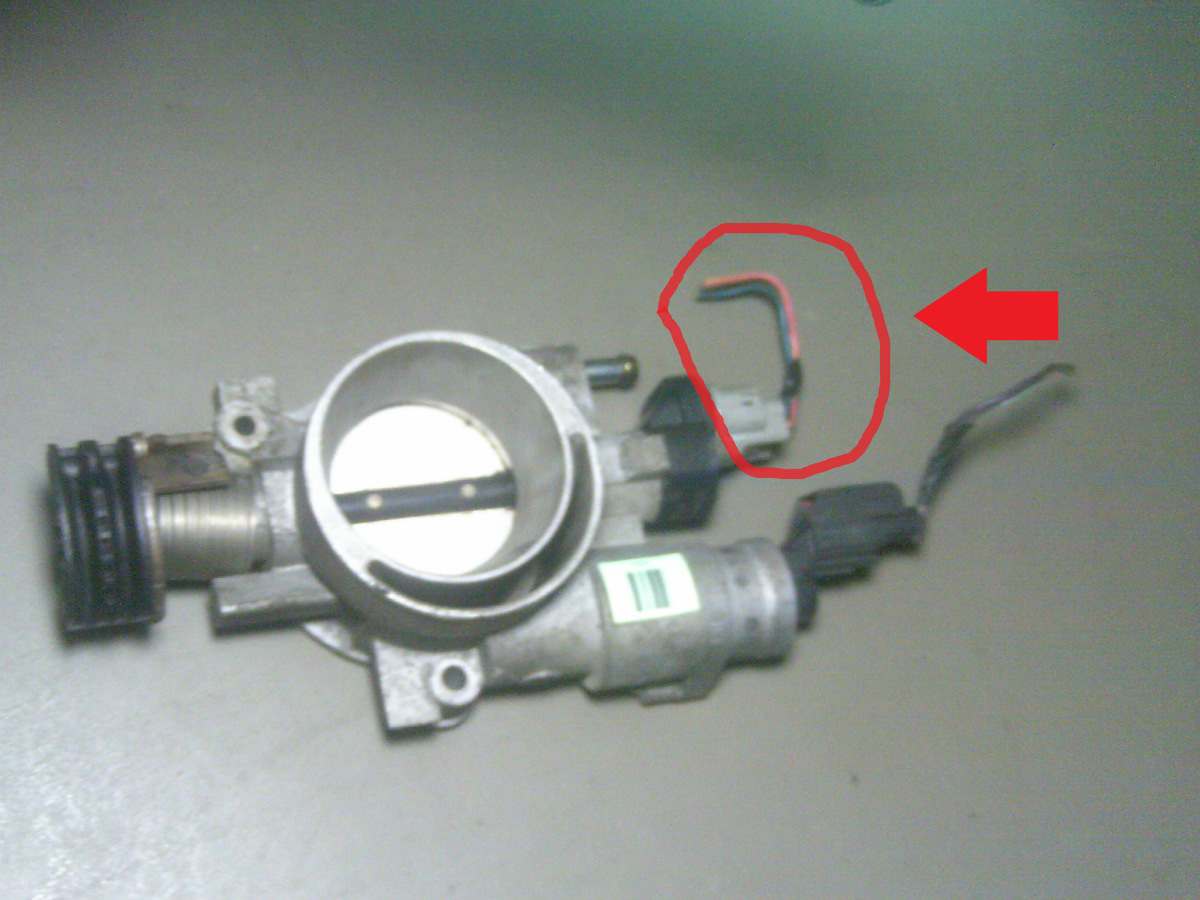2003 chrysler town and country 3 3l throttle position sensor pigtail this  is the pigtail wires with connector that plugs into the throttle body  mounted