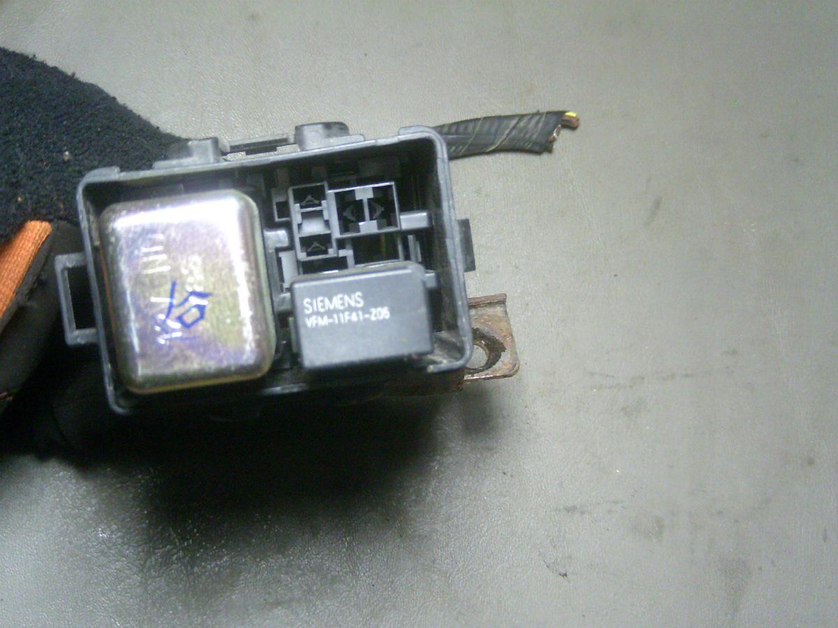 98 honda accord ex 4 dr 3 0l 6 cylinder small fuse relay