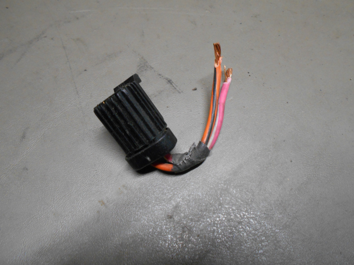 98 Ford Explorer 5.0 5.0L RUNS TO Front Blower Motor Harness Pigtail Wires  Plug   eBay   Will 98 Ford Explorer Motor Wiring Harness      eBay