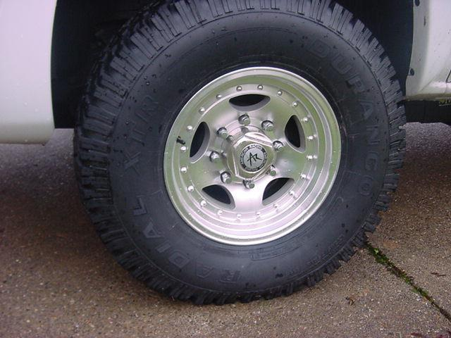 how to clean rust from my trailers wheels center caps