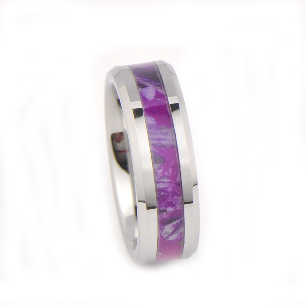 Womenu0027s Camo Hunting Camouflage Wedding Band Pink/Purple/Fuchsia 7mm  Tungsten Carbide Rings Condition: New With Tags Price: $19.95