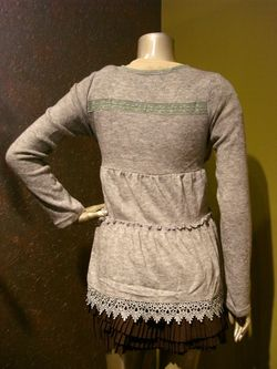 New With Tags Ryu Gray Tiered Knit Lace Trim Tie Wrap