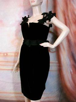 4230 New YSL YVES SAINT LAURENT Black Soft Velvet Sheath Bow Dress 42