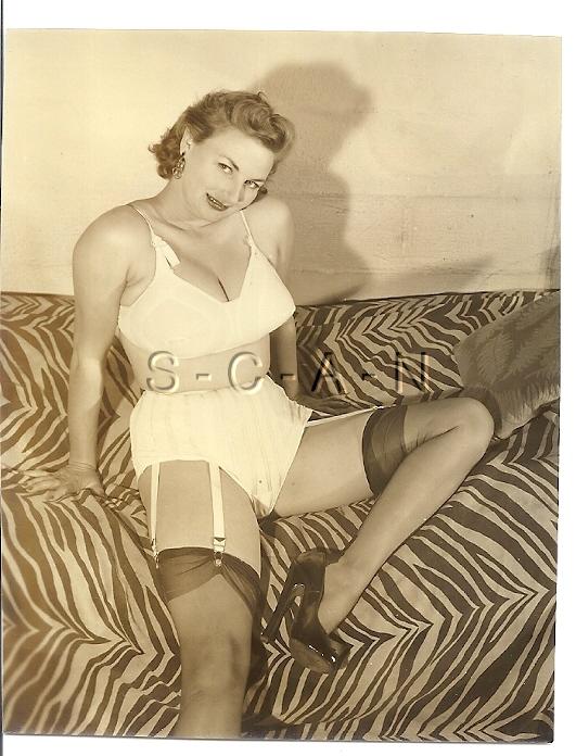 Details about Org Vintage 40s-50s Semi Nude Sepia Photo- Super Endowed  Cheri Knight- Lingerie