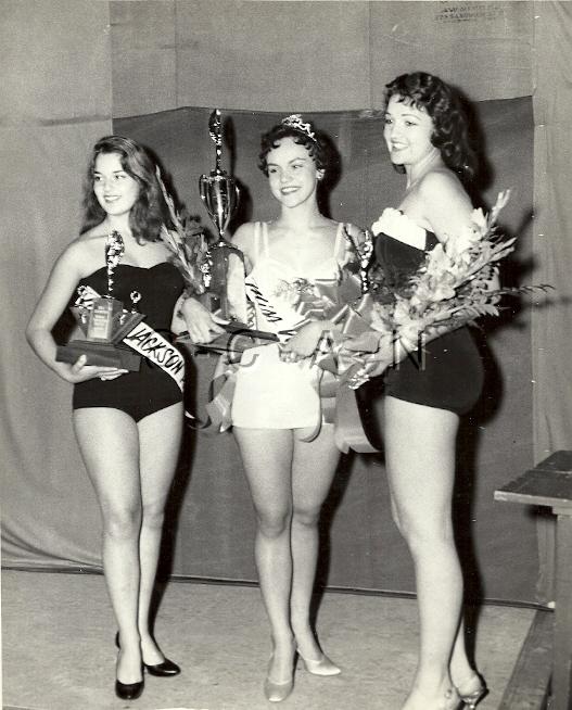 Org Vintage 1957 Semi Nude Large (10 x 8) RP- Ontario