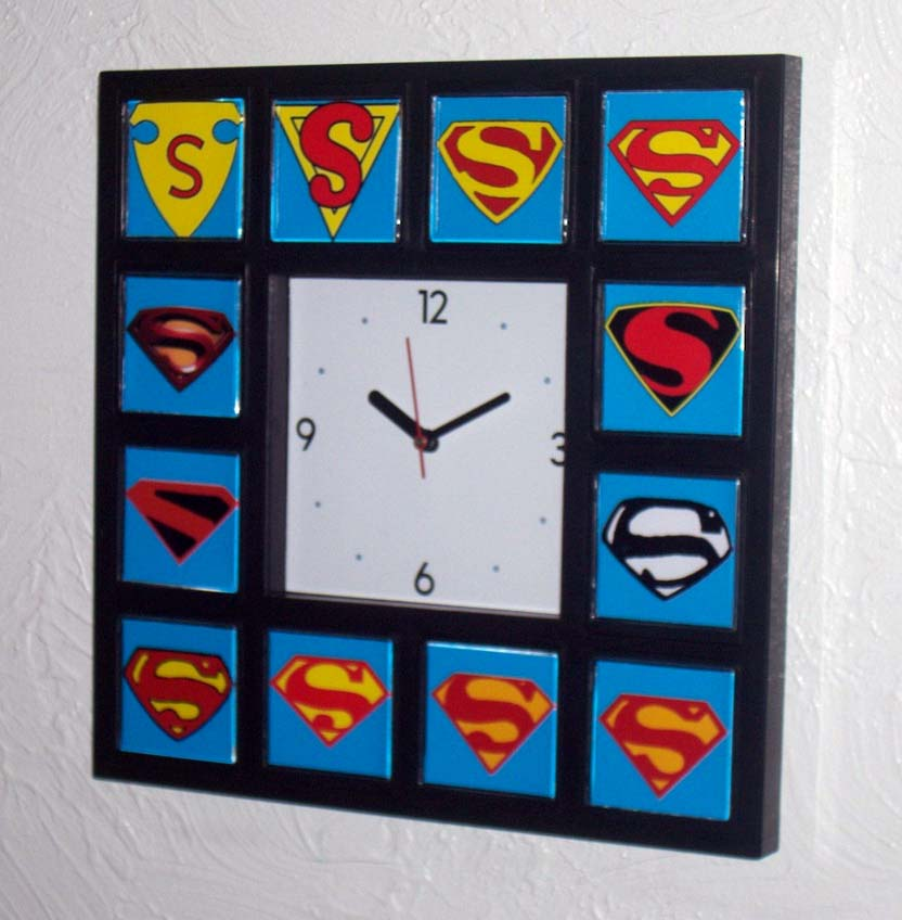 History of Superman S wall or table clock