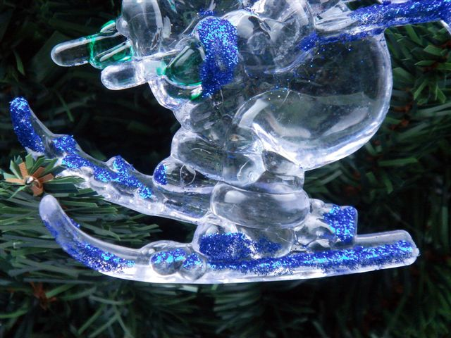 *Ship From U.S* Lovely Clear Blue Gilt Santa Skiing Christmas Ornament