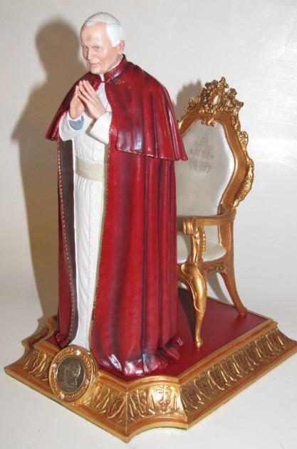 Danbury-Mint-POPE-JOHN-PAUL-II-a-Papal-Blessing-SCULPTURE