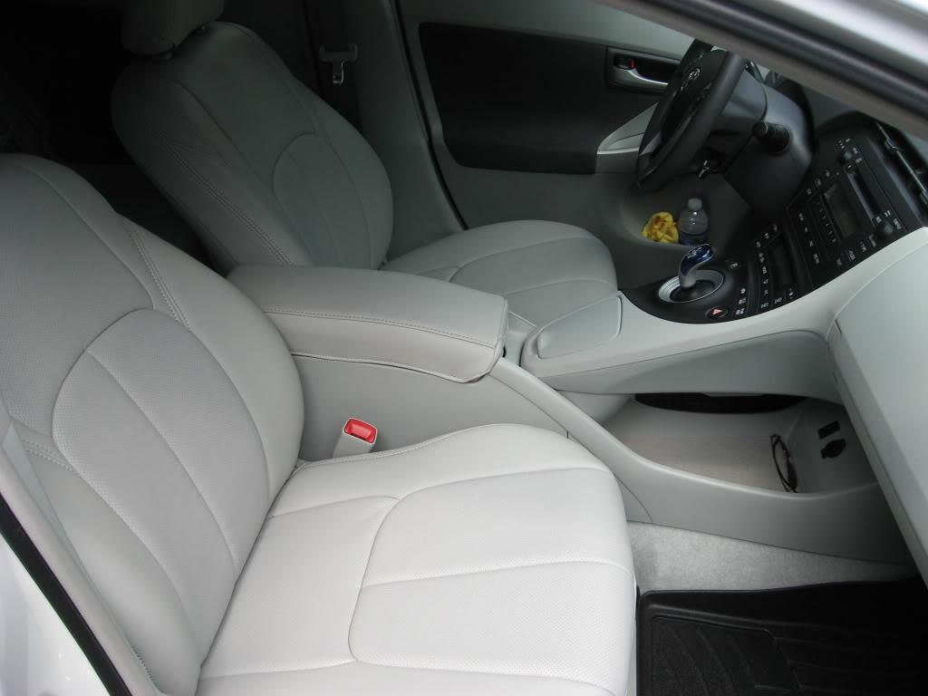 Clazzio Covers 2010 2011 2012 Toyota Prius Hybrid