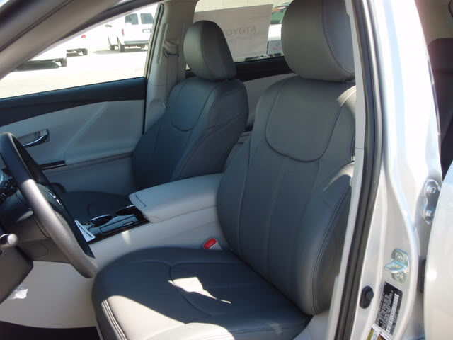 clazzio covers 2004 2007 toyota highlander pvc vinyl seat covers cover. Black Bedroom Furniture Sets. Home Design Ideas