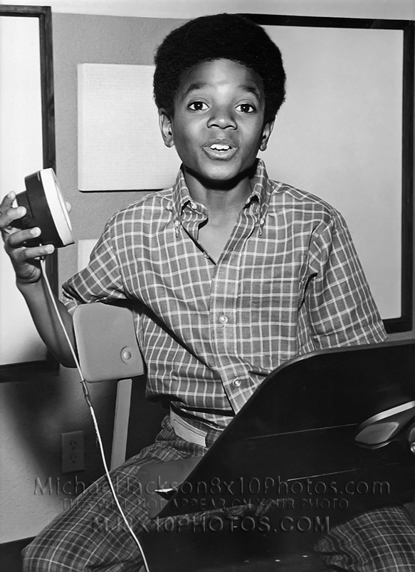 MICHAEL JACKSON 10yr old IN STUDIO(1) RARE 8x10 PHOTO