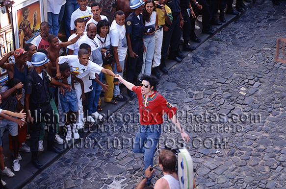 MICHAEL JACKSON 1995 OLODUM RED SHIRT (3) RARE 8x10 PHOTOS