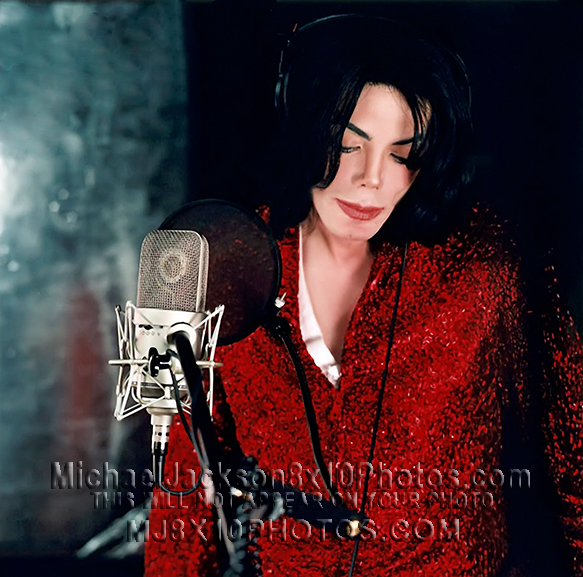 MICHAEL JACKSON  2002 IN RECORDSTUDIO (2) RARE 8x10 PHOTOS
