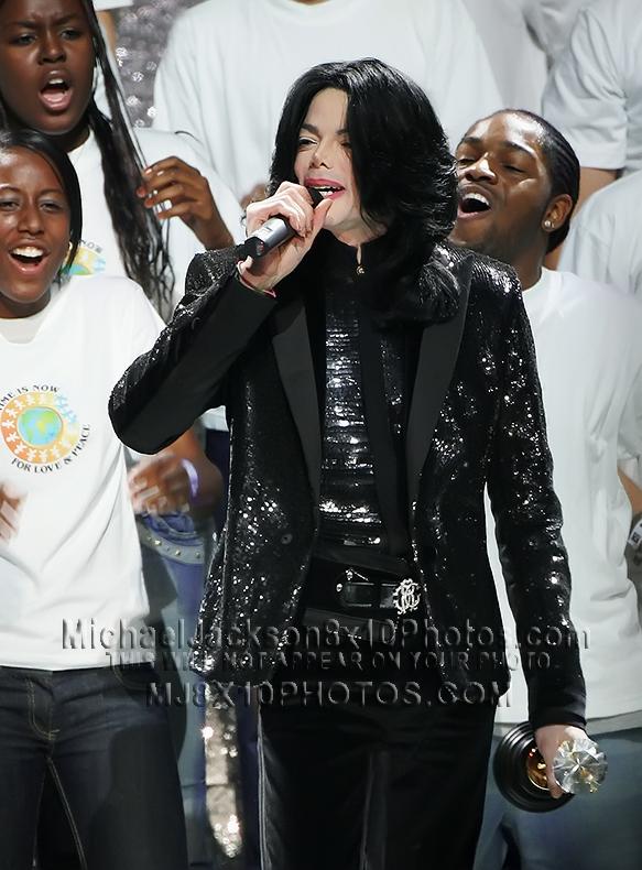 MICHAEL JACKSON  2006 LOVE and PEACE (3) RARE 8x10 PHOTOS