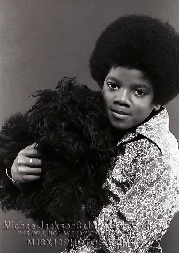 MICHAEL JACKSON  AGE10 WITH DOG (3) RARE 8x10 PHOTOS
