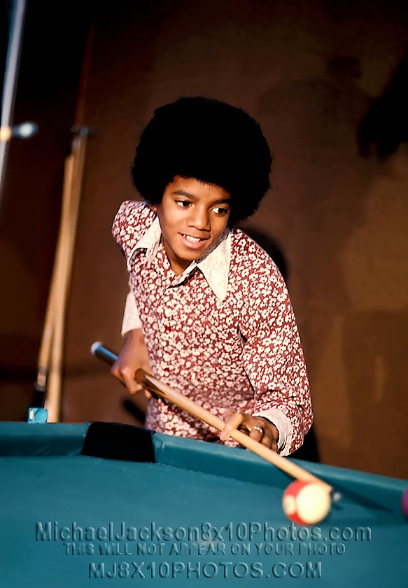 MICHAEL JACKSON  AGE11 PLAYING POOL (3) RARE 8x10 PHOTOS