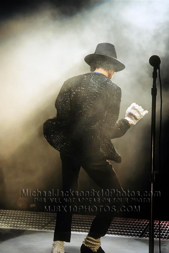 MICHAEL JACKSON BACK TO BILLIEJEAN (1) RARE 8x10 PHOTO