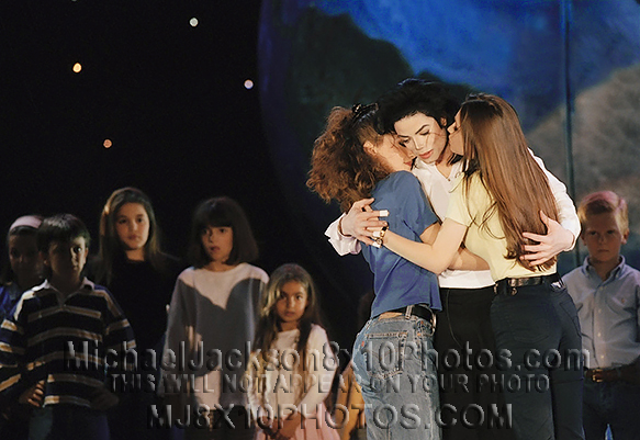 MICHAEL JACKSON  I LOVE YOU MORE girls (3) RARE 8x10 PHOTOS