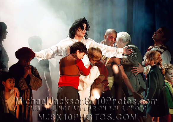 MICHAEL JACKSON  THE EARTHSONG STAGE21 (3) RARE 8x10 PHOTOS