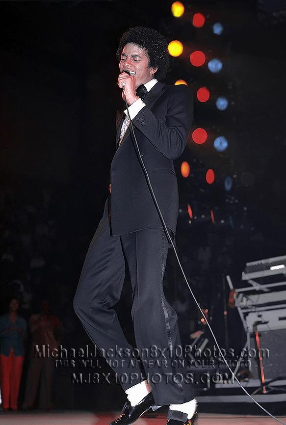 MICHAEL JACKSON  TRIUMPH TOUR TUXEDOMJ (3) RARE 8x10 PHOTOS